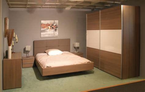 meuble bas chambre meuble bas pour chambre armoire chambre porte coulissante