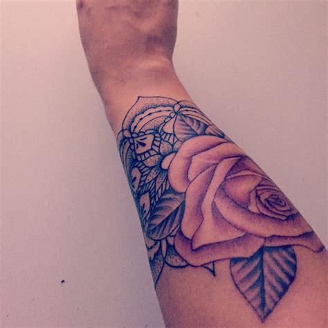 tatouage mandala et poignet tatouages mandala poignet et tatouages