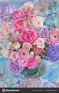 Bouquet De Printemps : beau bouquet fleurs printemps dans vase sur table joli bouquet photographie ulchik74 183724626 ~ Melissatoandfro.com Idées de Décoration