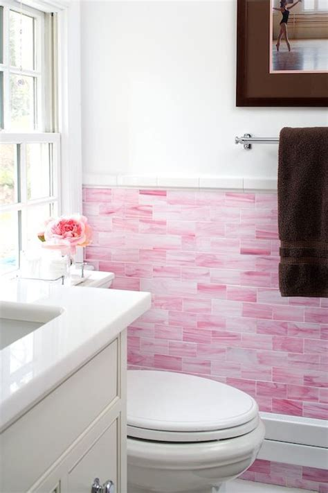 Pink Tile Bathroom Ideas by 17 Best Ideas About Pink Tiles 2017 On Bath