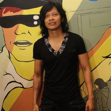 ariel noah loh kontestan indonesian idol  kok mirip