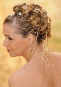 coiffure mariage chignon accessoires de coiffure mariage pics à chignon bijoux volutes mariage