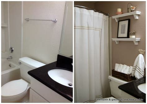 Apartment Bathroom Makeover by 17 Best Ideas About Tiny Bathroom Makeovers On