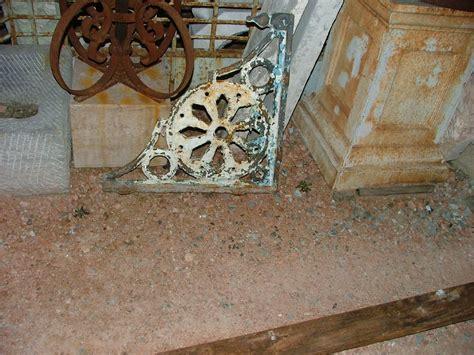 Mensole Antiche by Mensole In Ghisa Antiche Antiquariato Su Anticoantico