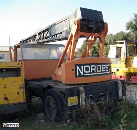 Richier - Weitz Y 1511R & Nordest Crane . Orange ...