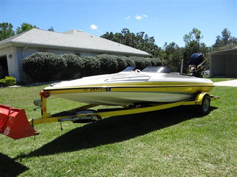 Hydrostream Boats For Sale In Florida 2006 hydrostream voyager xt powerboat for sale in florida