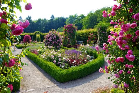 beautiful flower garden and lawn ideas flowers wallpaper