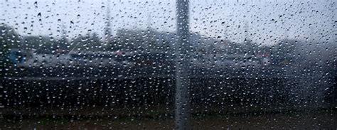Spēcīgā lietus dēļ notikusi ūdens sūce Saeimas Izglītības ...
