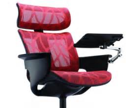 nuvem executive lounge chair with tablet arm equip