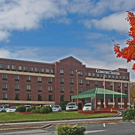 comfort inn asheville comfort suites outlet center asheville nc aaa