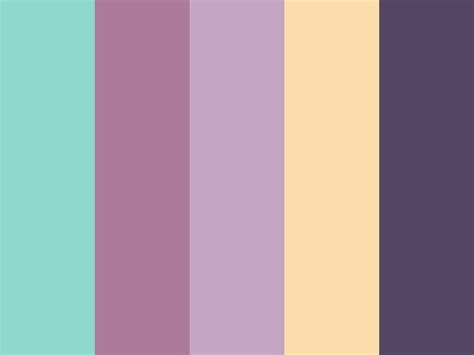 what colors go with lavender 56 best images about ideas to go with purple sofa on