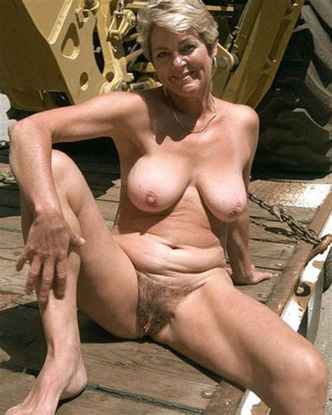 beautiful nude grannies outdoors hot pic