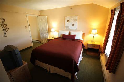 bedroom loft suites misty harbor resort  wells