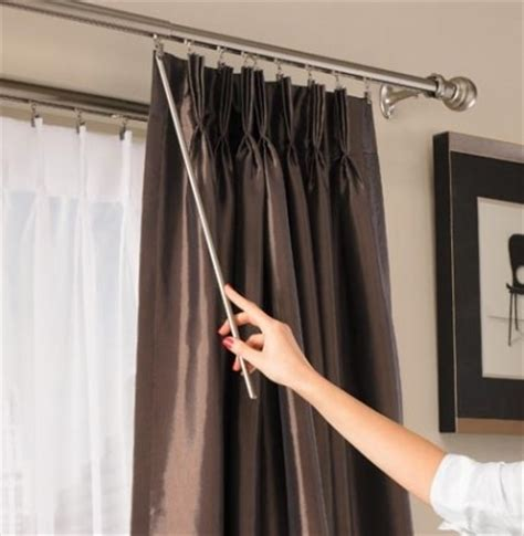 Curtains For Traverse Rods by How To Hang Curtains On Traverse Rod Eyelet Curtain
