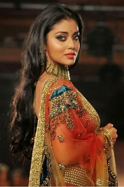 Saran Shriya Actress Saree Shreya Stills Latest