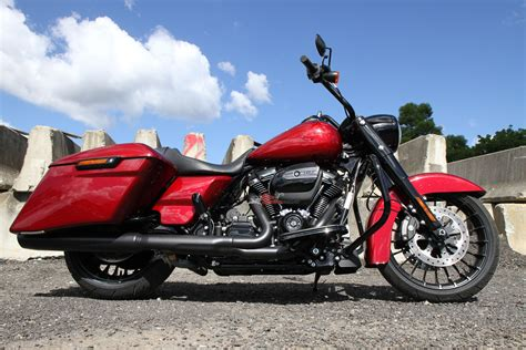 Modification Harley Davidson Road King by Review 2017 Harley Davidson Road King Special