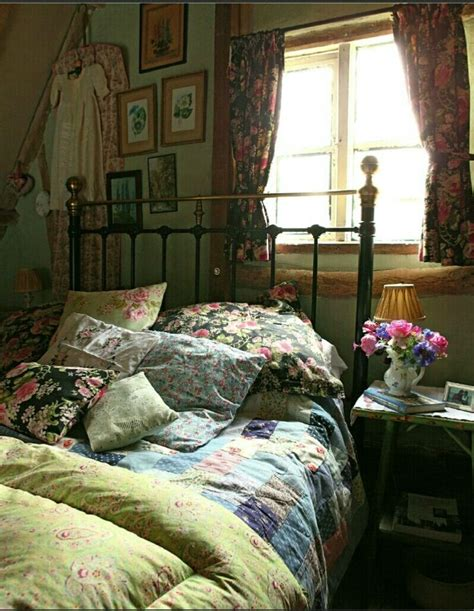 Vintage Style Bedroom by 27 Fabulous Vintage Bedroom Decor Ideas To Die For