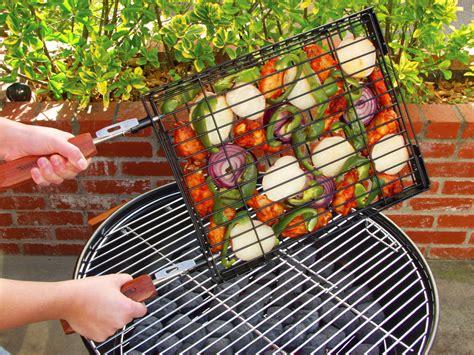 charcoal companion flip  easy nonstick heavy gauge