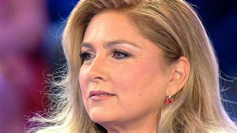 Following her parents' divorce, in 1956, she travelled around the world with her mother and sister. Romina Power si toglie i vestiti e mostra le sue morbide ...