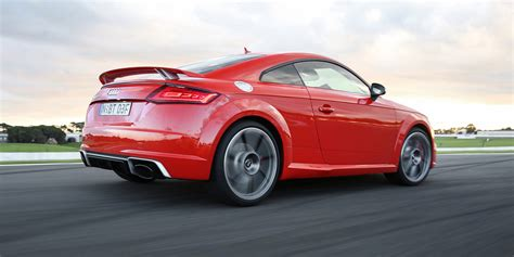2017 audi tt rs pricing and specs sports car flagship arrives from 137 900 photos 1 of 17