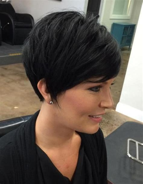 Easy Pixie Hairstyles by 50 And Easy To Style Layered Hairstyles Pixie