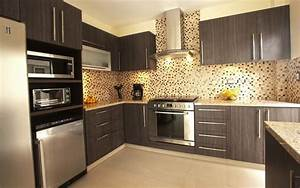 Modern kitchen cabinets for small kitchens greenvirals style for Kitchen unit designs for small kitchens
