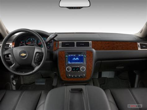 chevy avalanche interior 2013 chevrolet avalanche prices reviews and pictures u