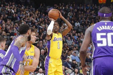 NBA: Caldwell-Pope picks free agency, opting out of Lakers ...