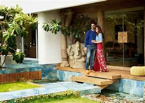 Check out the inside pics of Akshay Kumar's artistic mansion