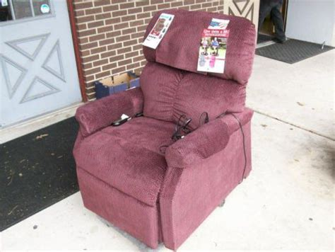 used golden pr501 lift chair for sale dotmed listing