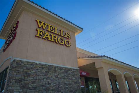 wells fargo  face   billion fine   auto loan