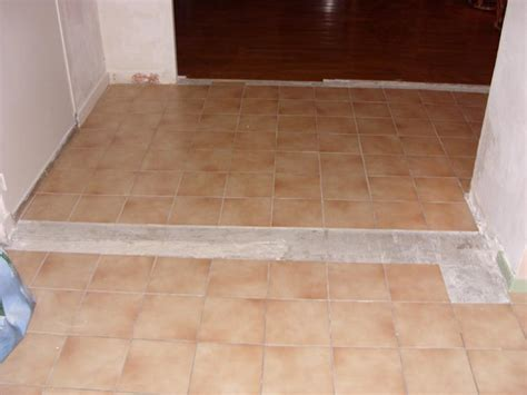 peut on mettre du parquet dans une cuisine après avoir cassé des murs comment faire une jonction