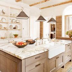 heritage kitchen cabinets 1000 images about alaskan white granite on 1605