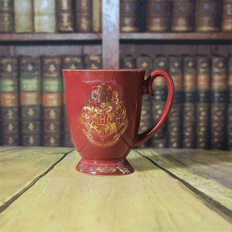 These adorable harry potter coffee mugs will please every witch, wizard, and muggle alike! Harry Potter Hogwarts Ceramic Tea Cup Mug - 12 Oz ...