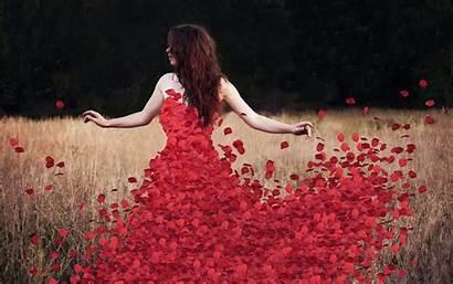 Rose Petals Wallpapers Roses Flower Woman Petal
