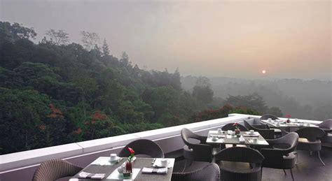 hotel  pemandangan cantik  bandung