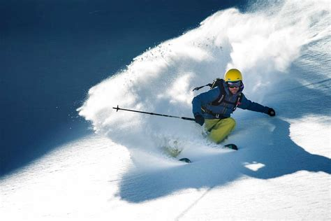 Ski Rental in St. Anton, Arlberg: SkiWest is your Partner
