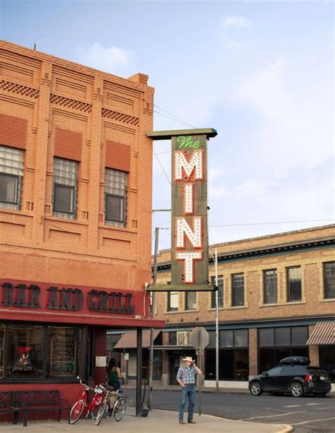 Their space is located down west broad street in franklinton. Livingston Montana Retreat - Paradis Valley Rocky Mountains