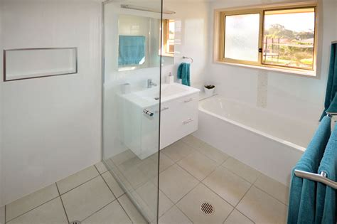 Bathroom Renovations Canberra Queanbeyan by Renovated White Bathroom Gunn Building Canberra