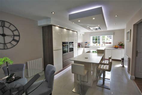 kitchens chelmsford design  fitting kitchen