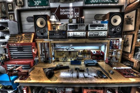 automotive work area    stereo accuphase