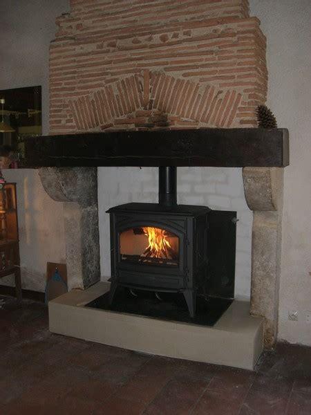 la cuisine de tous les jours cheminées rénovation aquitaine le poele à bois