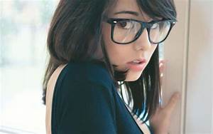 Asians Brunettes Girls With Glasses Hipster White Women ...
