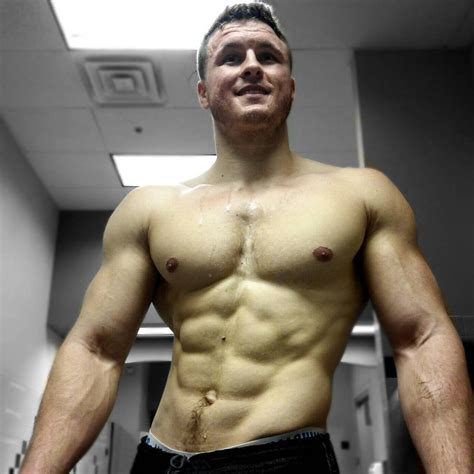Brian Turner: a great natural physique goal : bodybuilding