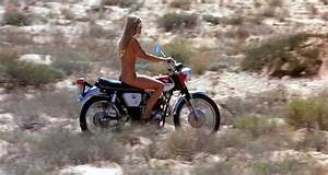 "Meet Gilda Texter – Cinema's ""Most Naked"" Motorcycle Role ..."