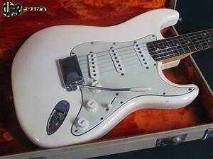1964 Fender Stratocaster - Olympic White / Ash Body ...
