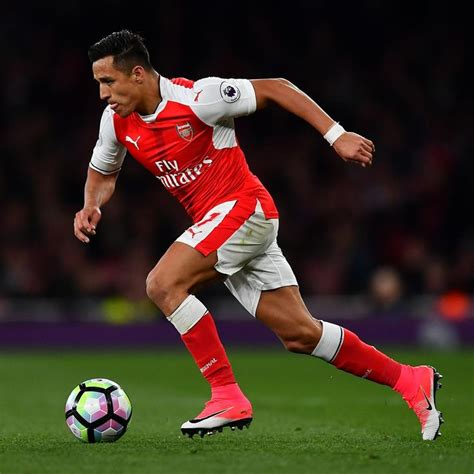 Arsenal Transfer News: Alexis Sanchez Reportedly Favours ...