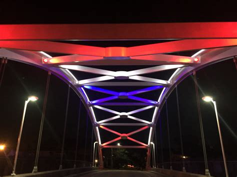 superbowl colors bridges 59 to don bowl team colors for the