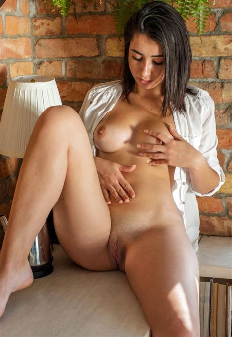 Sade Mare In Love Letter By Metart X Photos Erotic
