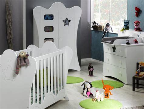 lit bébé faut il céder à la tentation du lit haut de